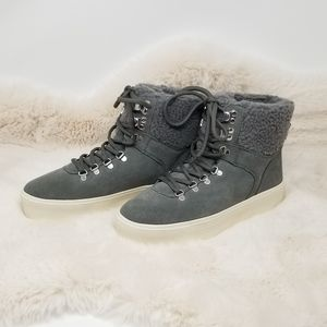NWOT Marc Fisher MFDARLEN-T Faux Fur Sneakers 7